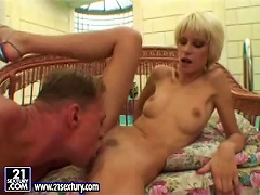 Short-haired MILF Tanja Teen Gets Her Pussy Fucked Every Which Way Porn Videos