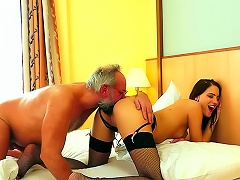 Old Guy Screws Young Skinny Hottie Porn Videos