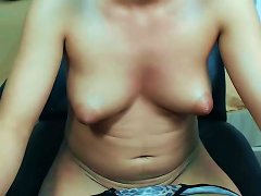 Young Puffy Nipples Porn Videos
