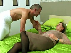 Granny's Hairy Cunt Meets Young Cock Porn Videos