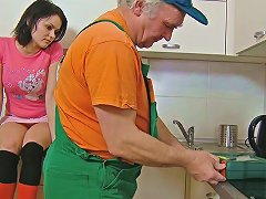 Sweet Brunette Teen In Stockings Sedused By An Old Plumber On The Kitchen Porn Videos