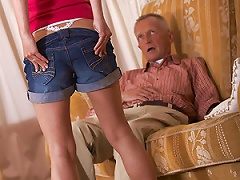 A Hot Teenager Banging An Old Senior Pictures Porn Videos