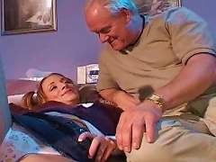 Old Man Is  Young Girl Siarrs Sinn Porn Videos