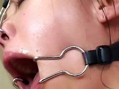 Asian Babe Is Squeezing Sperm In Her Porn Videos