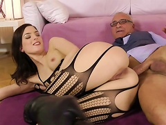 Young Whore Lyen Fuck With An Old Dick Porn Videos
