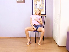 Charming Blond Teen Aurelia Is Masturbating Porn Videos