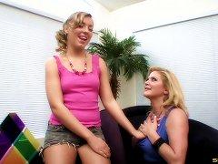 Lesbian Milf Scissoring With An Inexperienced Teen Babe Porn Videos